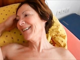 boyfriend fuck slut granny Clarill on bed smile and come closeup
