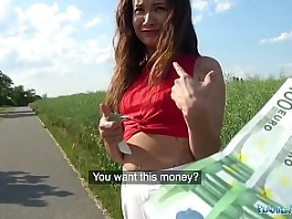 Public Agent Sexy beauty fucked in a field for cash