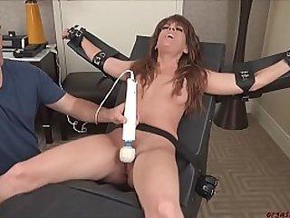 OrgasmAbuse Annabelle Cums Hard