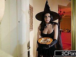 Unfaithful Wife Ariana Marie Fucks Behind Husbands Back on Halloween