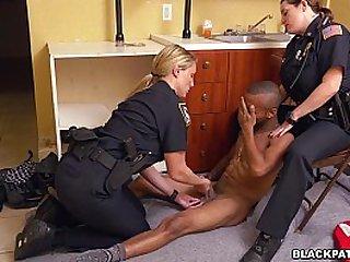 Cops suck Black Dick after arrest