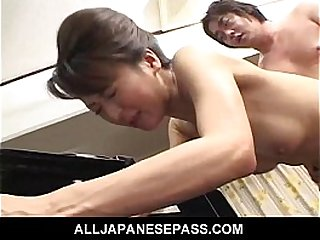 Horny babe in a kimono has her pussy fingered and fucked