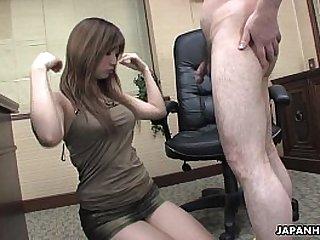 Asian brunette cock sucker has a hot fuck to enjoy