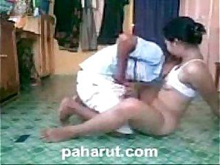 Neneng Niyari Ni Boy sa Sahig