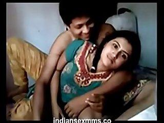 Desi Indian big boobs sex in home Hindi desi sex couple