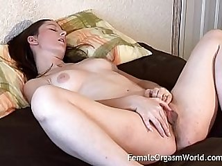 Sexy Babe masturbates With Big Labia Vibes Her Clit to a Strong Pussy Contracting Climax