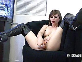 Teen cutie Sidra Sins makes her pussy cum with a dildo