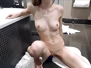 MissAlice MissAlice Sexy Blonde Teen Toys in her Pussy On Cam