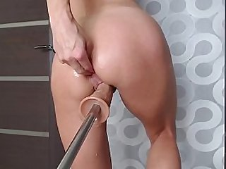 Fucking Machine brought to Female Orgasm Masturabtion Teen Pussy