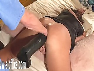 Double Fisting and Dildo Fucking Giant MILF gets her Pussy