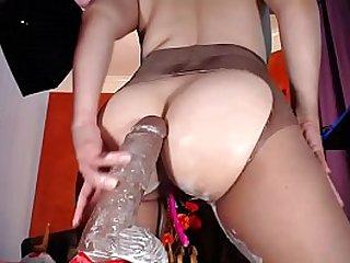 Perra latina montando