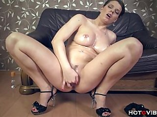 Squirting Girl Thick All Natural