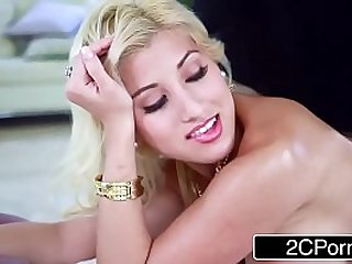 Blonde Bimbo Cristi Ann Gets Massage With Benefits