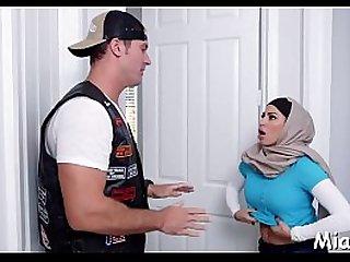 darksome dudes fuck arab chick