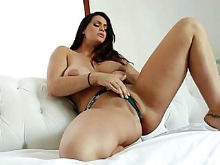 Alison Tyler uses a vibrator