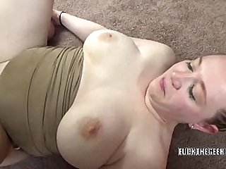 Curvy redhead Sinful Skye is getting her twat stuffed